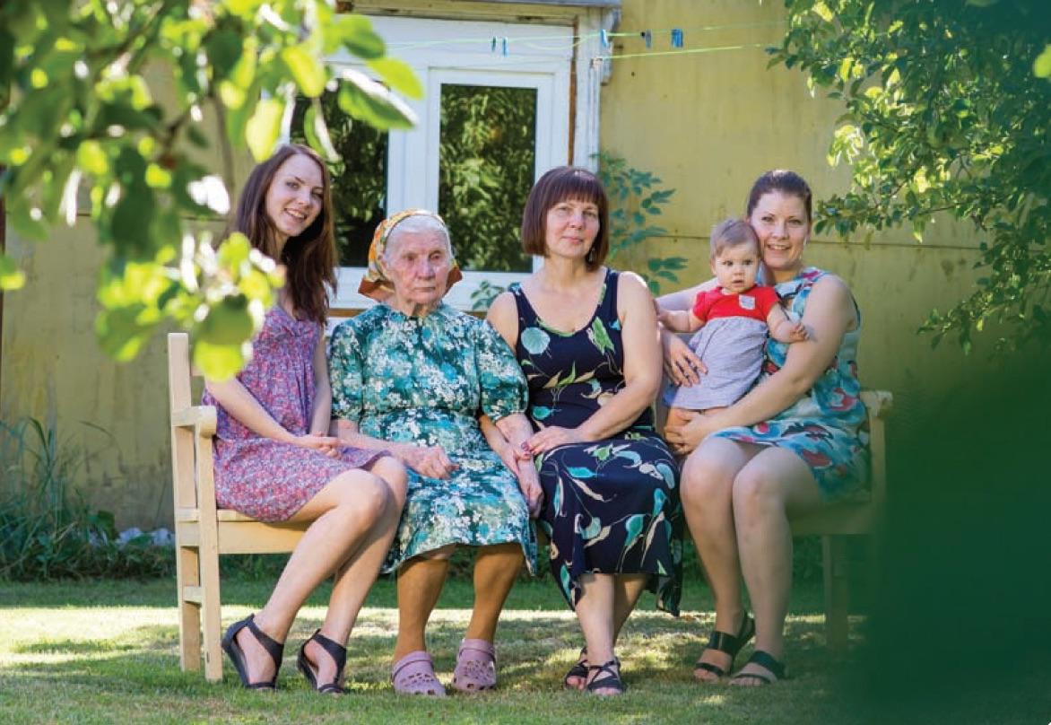 Tikėjimu dalijasi kelios šeimos kartos