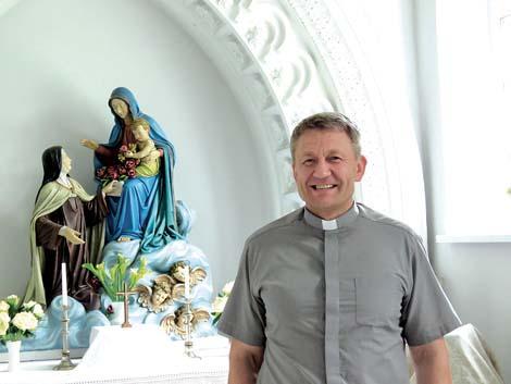 """Kunigas Vaidotas: """"Dešimt metų parapijoje – kaip viena diena"""""""