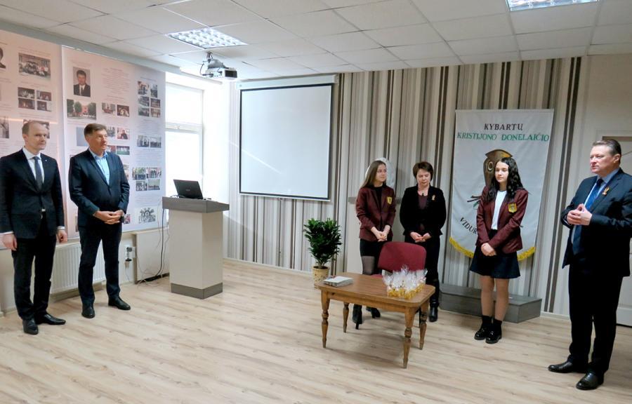 Gimnazijoje atidarytas modernus istorijos centras